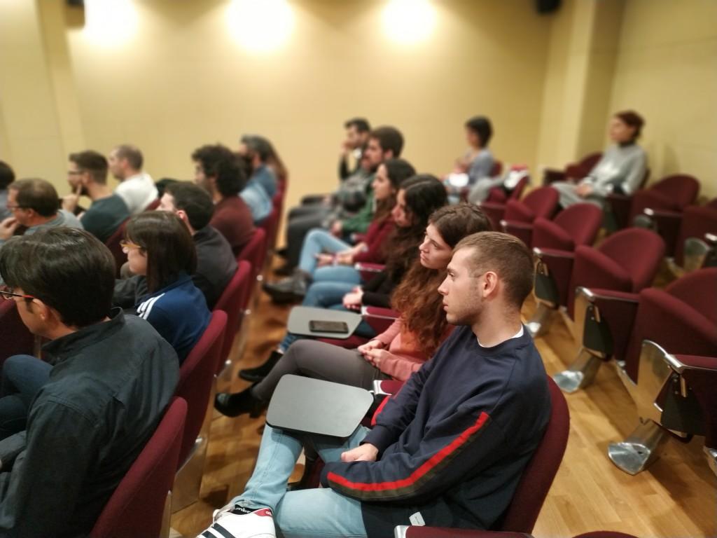 Molts membres de la comunitat ICAC van assistir a l'acte institucional