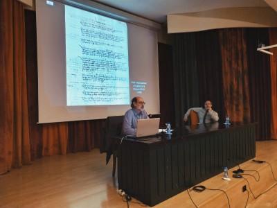 López i Puche durant la conferència de la Mussara al Centre de Lectura de Reus, juny 2019 de ICAC està subjecta a una llicència de Reconeixement-NoComercial-CompartirIgual 4.0 Internacional de Creative Commons