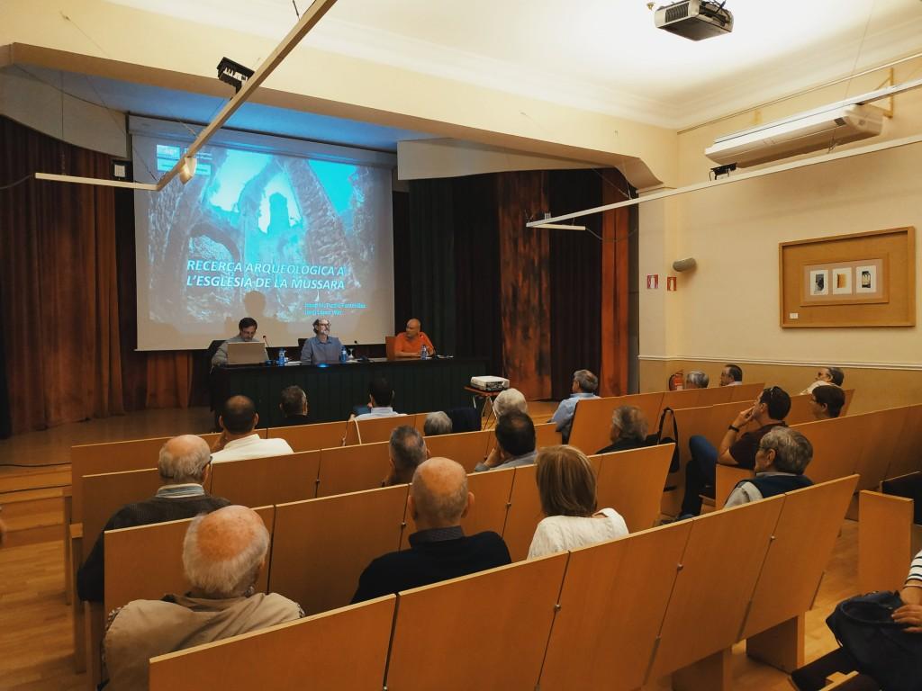 Conferència de la Mussara al Centre de Lectura, juny 2019 de ICAC està subjecta a una llicència de Reconeixement-NoComercial-CompartirIgual 4.0 Internacional de Creative Commons
