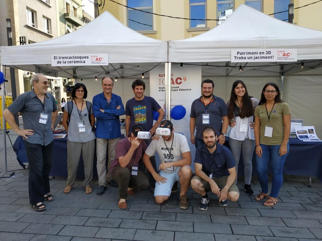 Grup d'investigadors i investigadores de l'ICAC que van participar en els tallers, amb Josep Maria Palet. Foto: ICAC