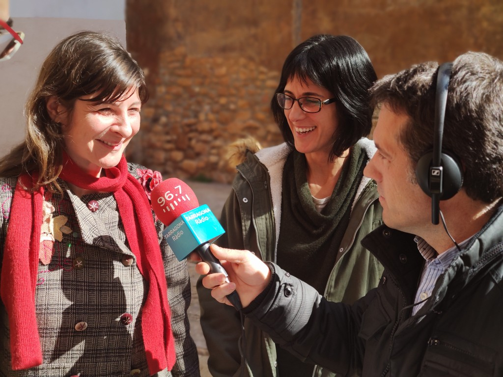 Alex Livarda (esquerra) amb Lídia Colominas i Pep Sunyé durant la gravació del programa (@ ICAC)