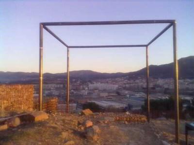 Mons Observans_arquitectura